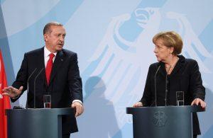 Angela+Merkel+Erdogan+Meets+Merkel+Berlin+L0EuDyspuaBx
