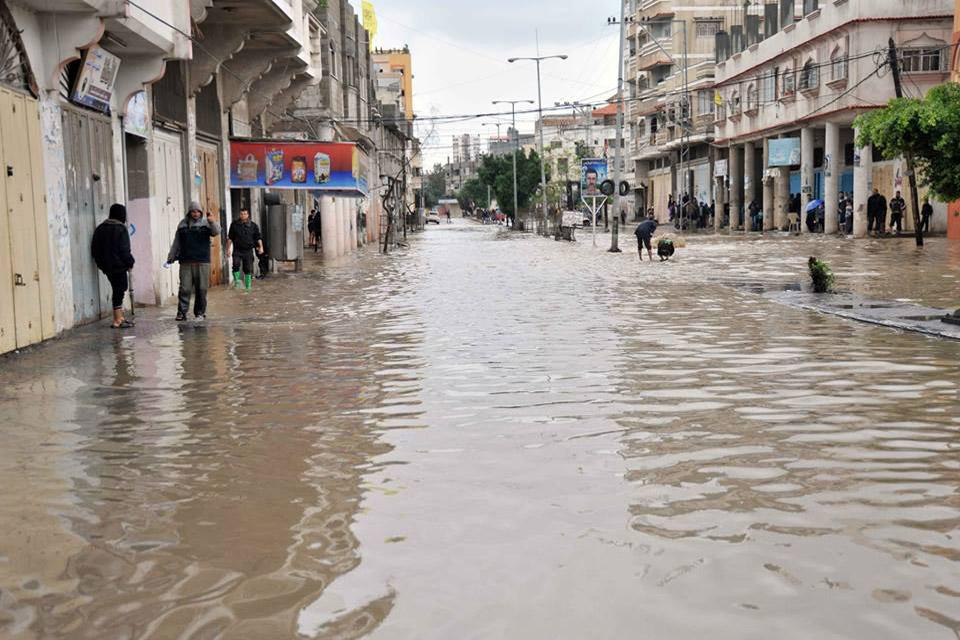 11-28-2014Gaza_Flooding