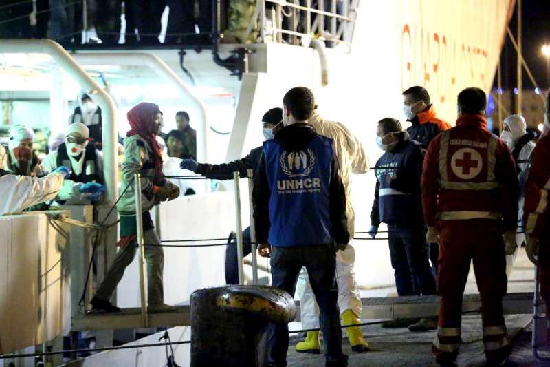 04-15-2015Migrants_Mediterranean