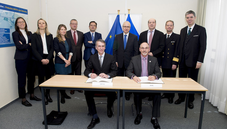 Signing ceremony of the Technical Arrangement on Cyber Defence between the NCIRC and CERT EU