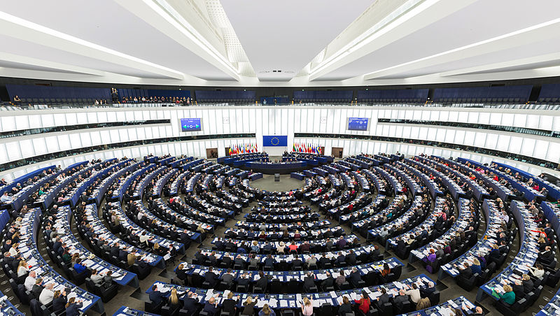 european_parliament_strasbourg_hemicycle_-_diliff-1